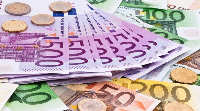 Rendimientos de los bonos de la zona del euro caen a un mínimo de 13 días