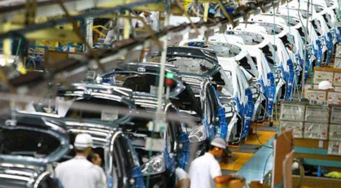 Producción y exportación automotriz de México presentan mejoras después de un año de pandemia