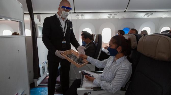 AeroMéxico y sobrecargos pactan aumento salarial del 1.9% con entrada en vigor el 1 de junio