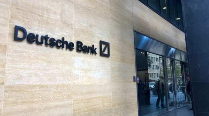 Suspende la licencia del Deutsche Bank para patrocinar ofertas públicas en Hong Kong
