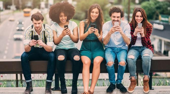 Cambios en las percepciones de las generaciones Millennial y Z: Martínez – Análisis