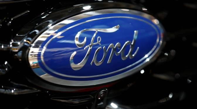 Ford retira 775,000 SUV por problemas con la dirección