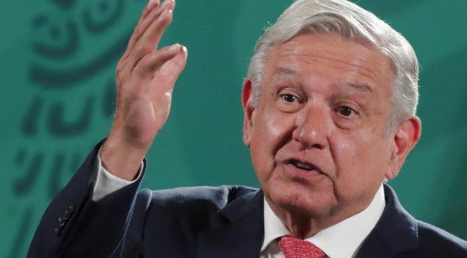 """López Obrador dice que Biden debe """"tomar decisión"""" sobre embargo a Cuba"""