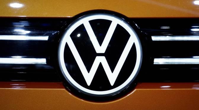 Volkswagen espera que los suministros de chips mejoraran en los próximos seis meses