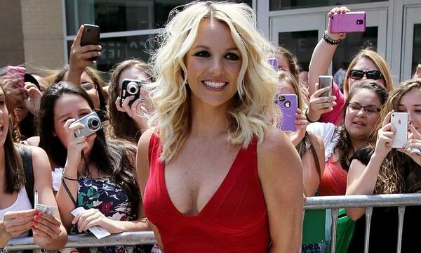 Acosado por disputas, la oferta de libertad de Britney Spears vuelve a los tribunales