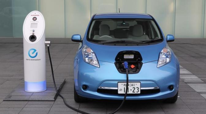 Biden quiere que los fabricantes de automóviles estadounidenses prometan un 40% de vehículos eléctricos para 2030