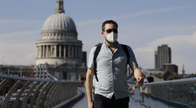 Creciente virus Delta golpea las esperanzas turísticas de Europa