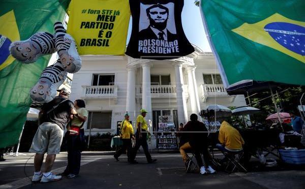 Brasileños vuelven a salir a la calle para exigir el juicio político de Bolsonaro