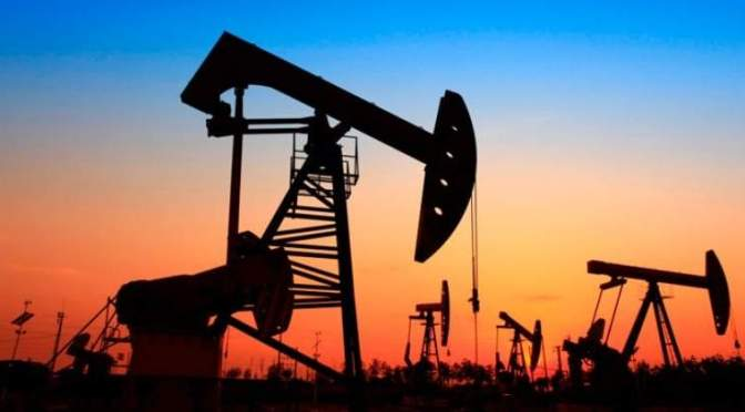 Goldman Sachs ve incierta la ruta de producción de petróleo crudo mientras cesan las conversaciones de la OPEP+