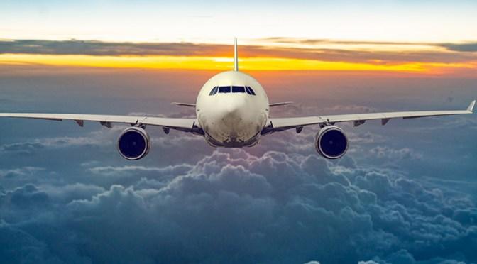 Caen acciones de aerolíneas en Estados Unidos pese recuperación en ventas