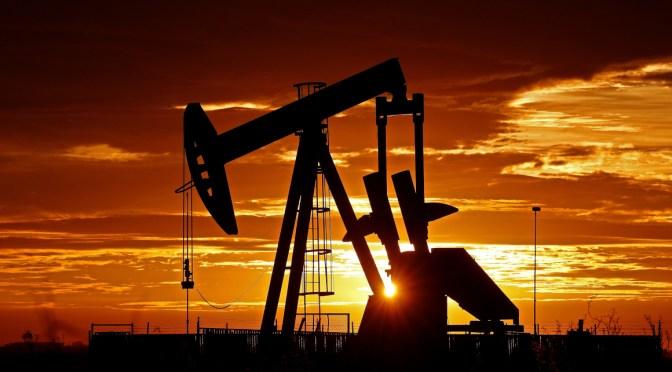 OPEP+ acuerda un aumento del suministro de petróleo después de que EAU ganen la discusión con Arabia Saudita
