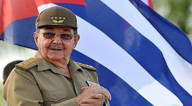 Raúl Castro participa de reunión tras protestas en Cuba