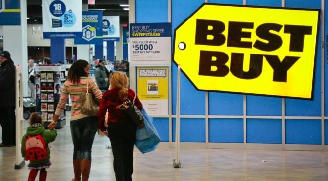 Best Buy aumenta la previsión de ventas anuales
