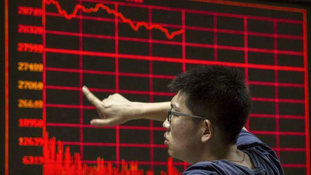 Acciones de China caen a medida que persisten las preocupaciones de crecimiento