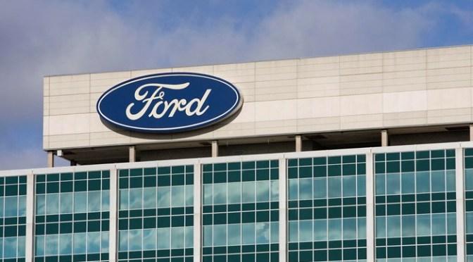 Ford retrasa regreso a las oficinas