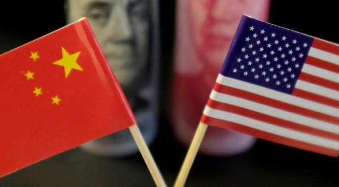 """China dice que mantiene una """"comunicación normal"""" con Estados Unidos  sobre el comercio"""