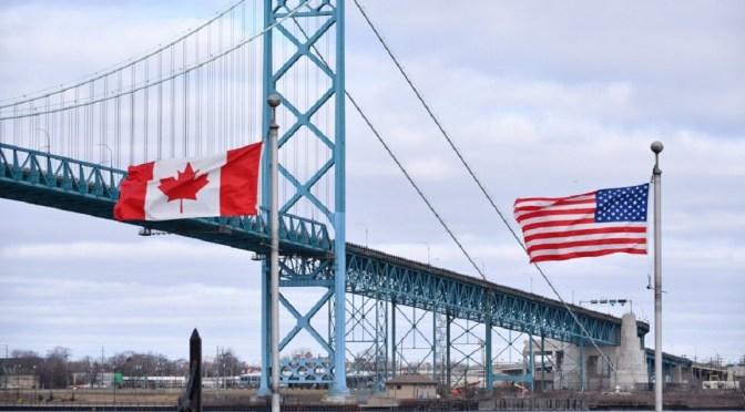 Largos filas y retrasos, así fue la reapertura de la frontera de Canadá con Estados Unidos tras 16 meses
