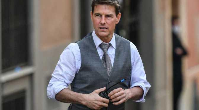 Tom Cruise muestra el último truco temerario de Misión: Imposible