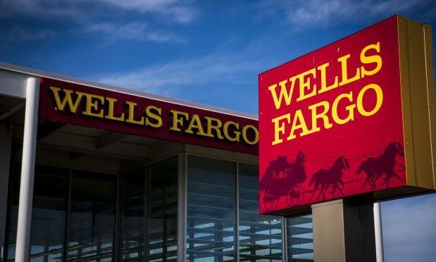 Ex ejecutivos de Wells Fargo se enfrentarán a un juicio civil debido a escándalo por cuentas falsas