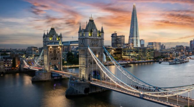 Economía del Reino Unido creció solo un 0.1 % en julio