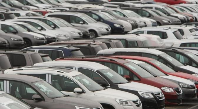 Ventas de automóviles nuevos en el Reino Unido cayeron un 22% en agosto
