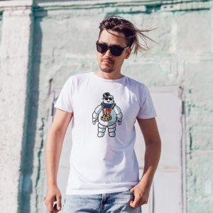 Offrez vous ce Magnifique T-shirt Mixte Pop Culture Bibendum Chill original et agréable à porter, imprimé et expédié directement depuis notre atelier Français situé à Jurançon au cœur des Pyrénées, en plein Béarn 64 niché entre l'océan et la montagne. Disponible en taille S, M, L, XL et XXL. 100% coton