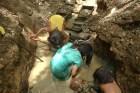 2007: bambini cercatori d'oro
