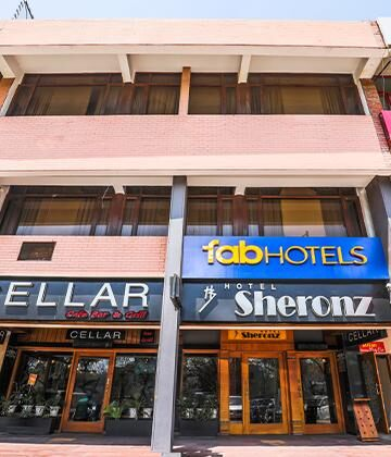 Hotels Near Isbt 17 Chandigarh Book Hotels In Budget Price