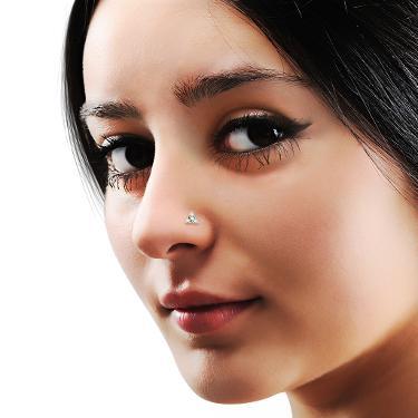 The Magnolia Nose Pin