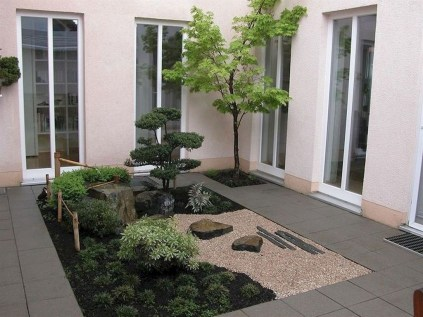 Amazing Small Courtyard Garden Design Ideas 03