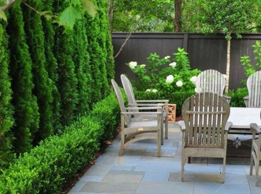 Amazing Small Courtyard Garden Design Ideas 20