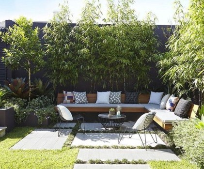 Amazing Small Courtyard Garden Design Ideas 32