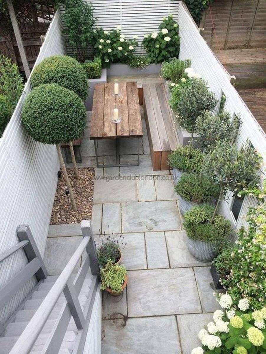 Amazing Small Courtyard Garden Design Ideas 42