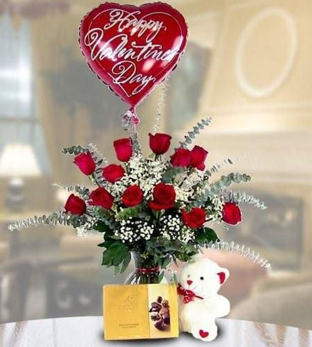 Lovely Rose Arrangement Ideas For Valentines Day 17