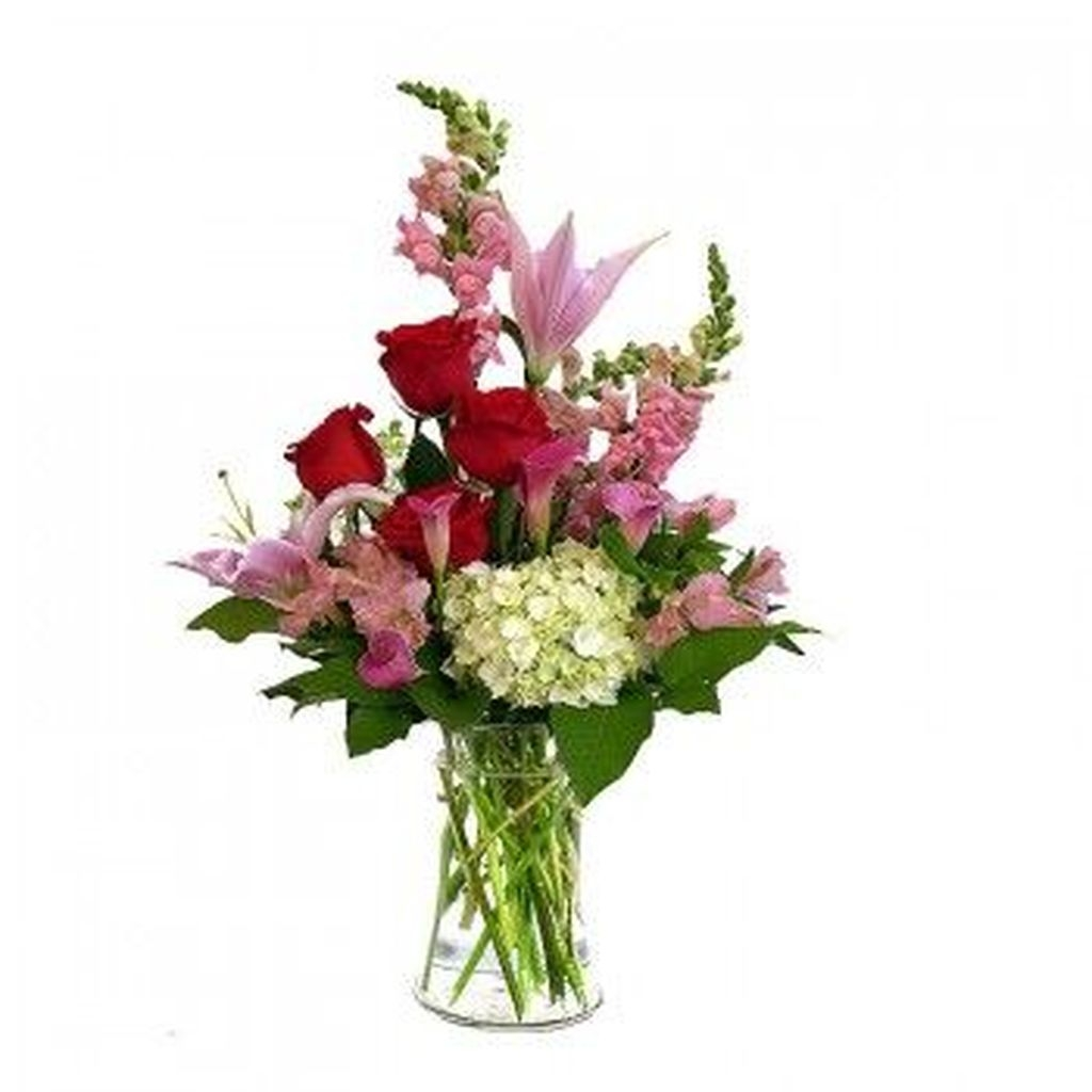 Lovely Rose Arrangement Ideas For Valentines Day 45