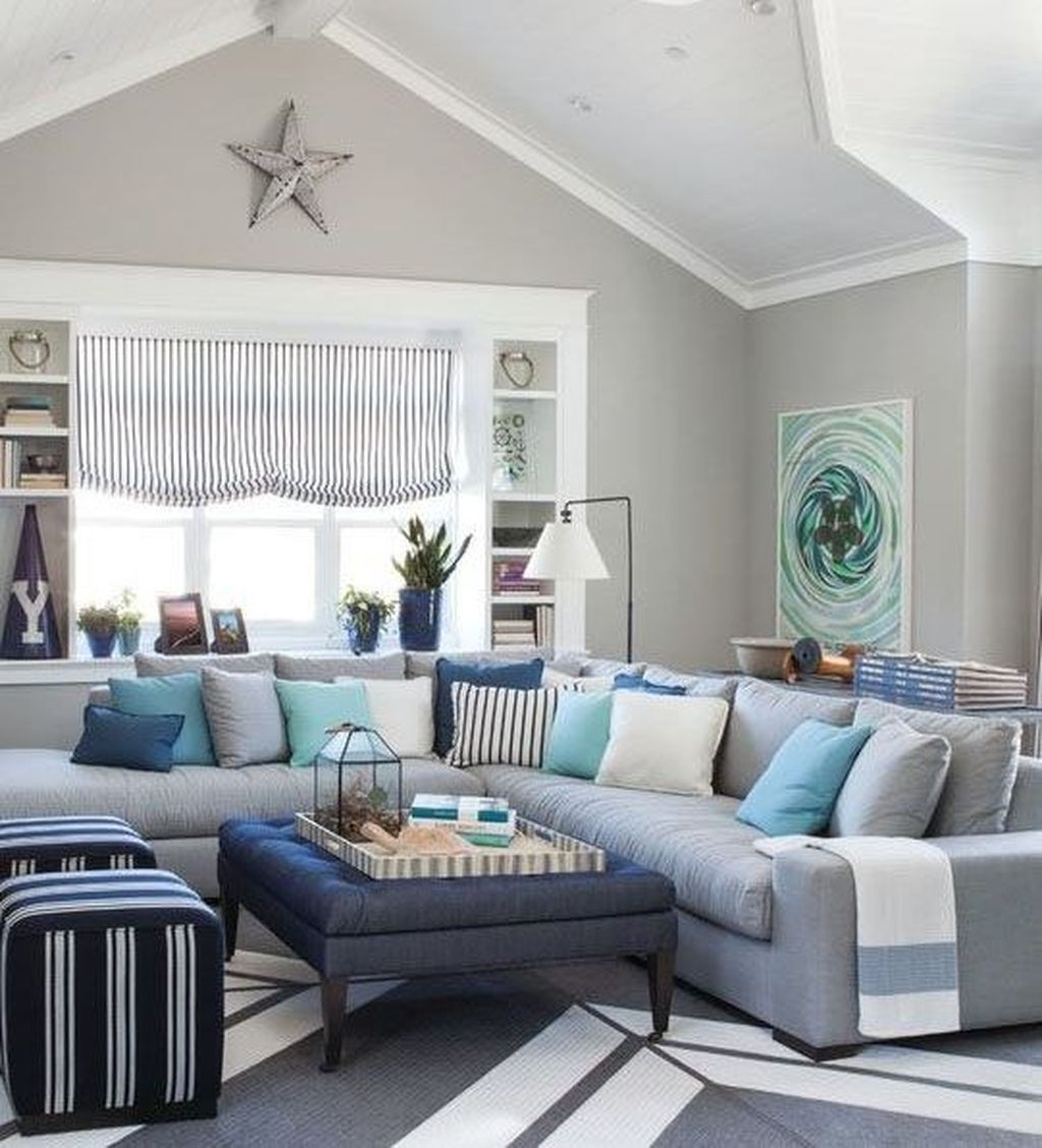 Amazing Coastal Living Room Decoration Ideas You Must Try 13