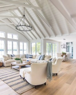 Amazing Coastal Living Room Decoration Ideas You Must Try 14