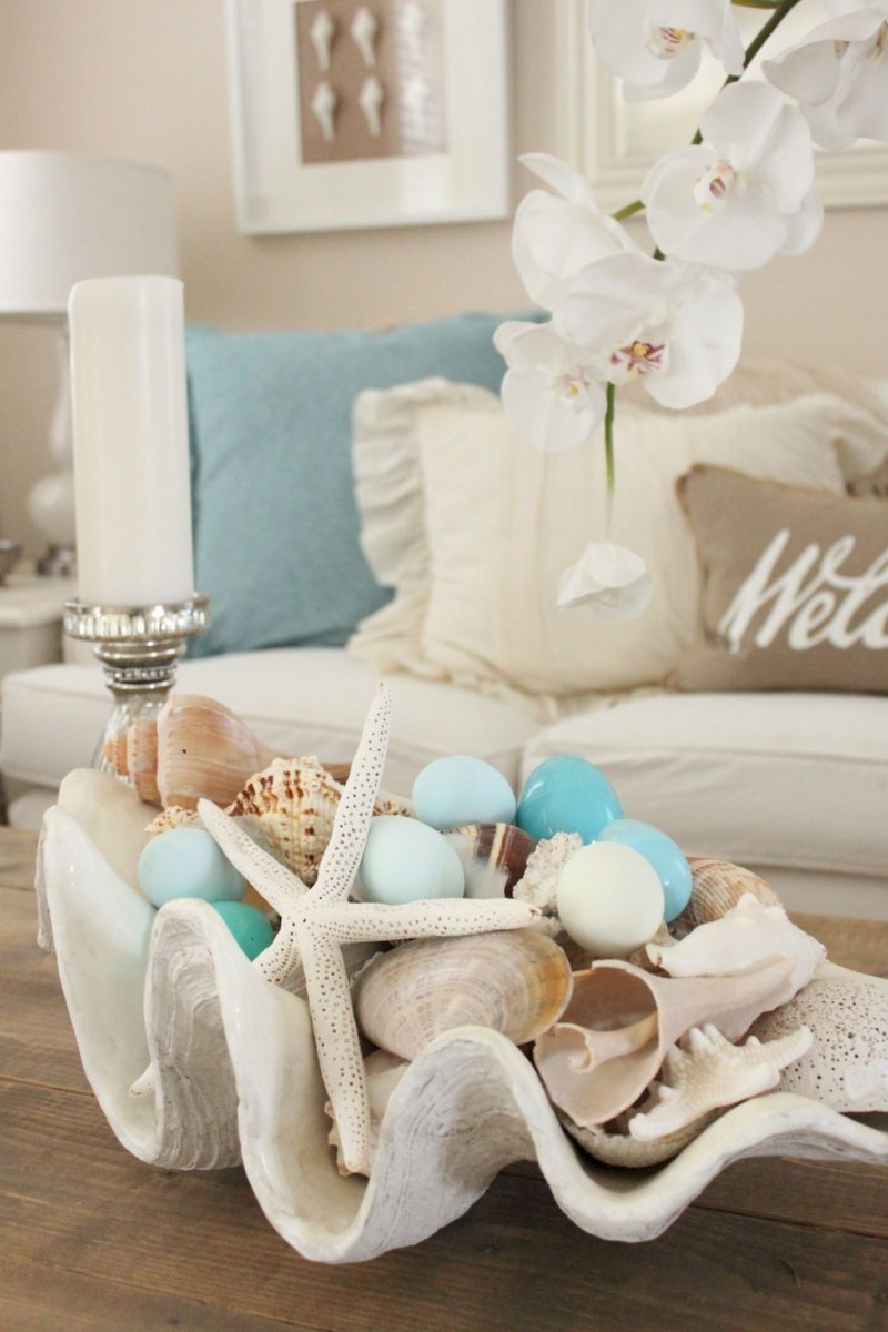 Amazing Coastal Living Room Decoration Ideas You Must Try 18