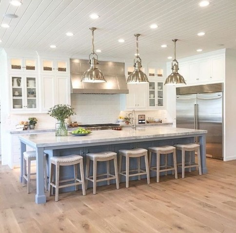 Awesome Rustic Kitchen Island Design Ideas 18