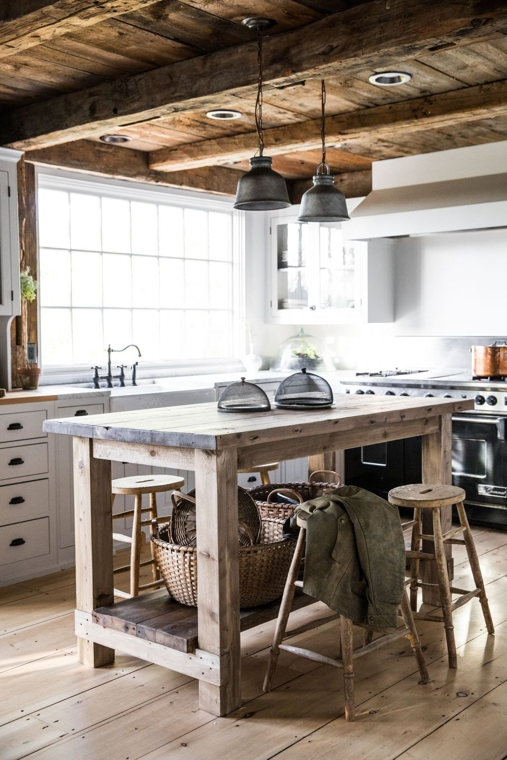 44 Awesome Rustic Kitchen Island Design Ideas   PIMPHOMEE