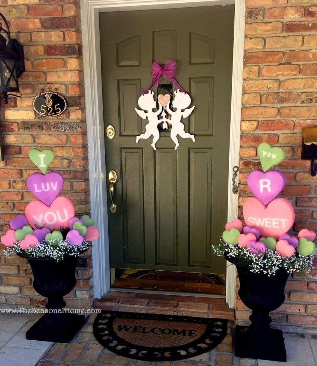 Awesome Valentine Outdoor Decorations 01