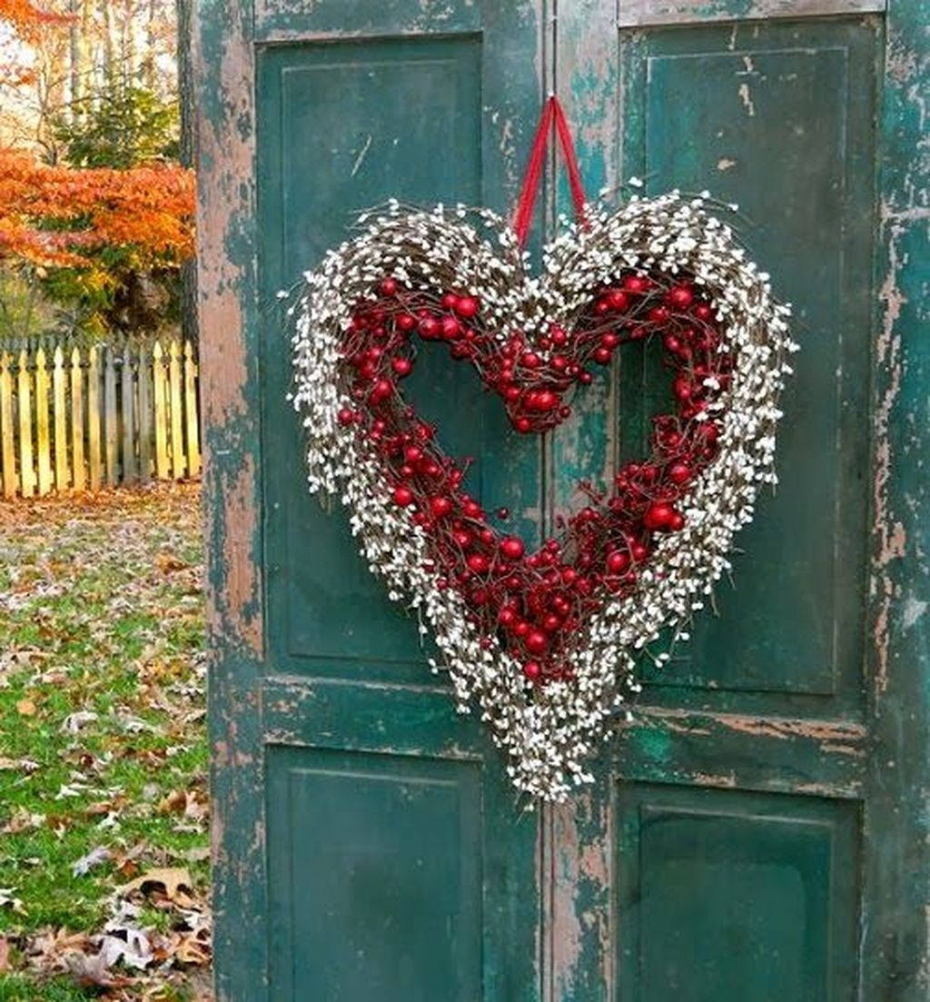 Awesome Valentine Outdoor Decorations 34