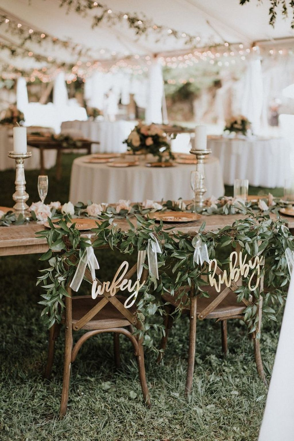 Beautiful Backyard Wedding Decor Ideas To Get A Romantic Impression 11