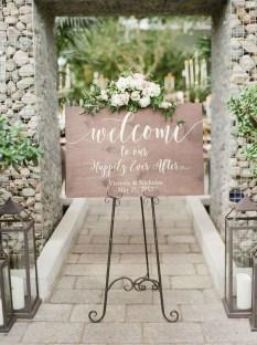 Beautiful Backyard Wedding Decor Ideas To Get A Romantic Impression 22