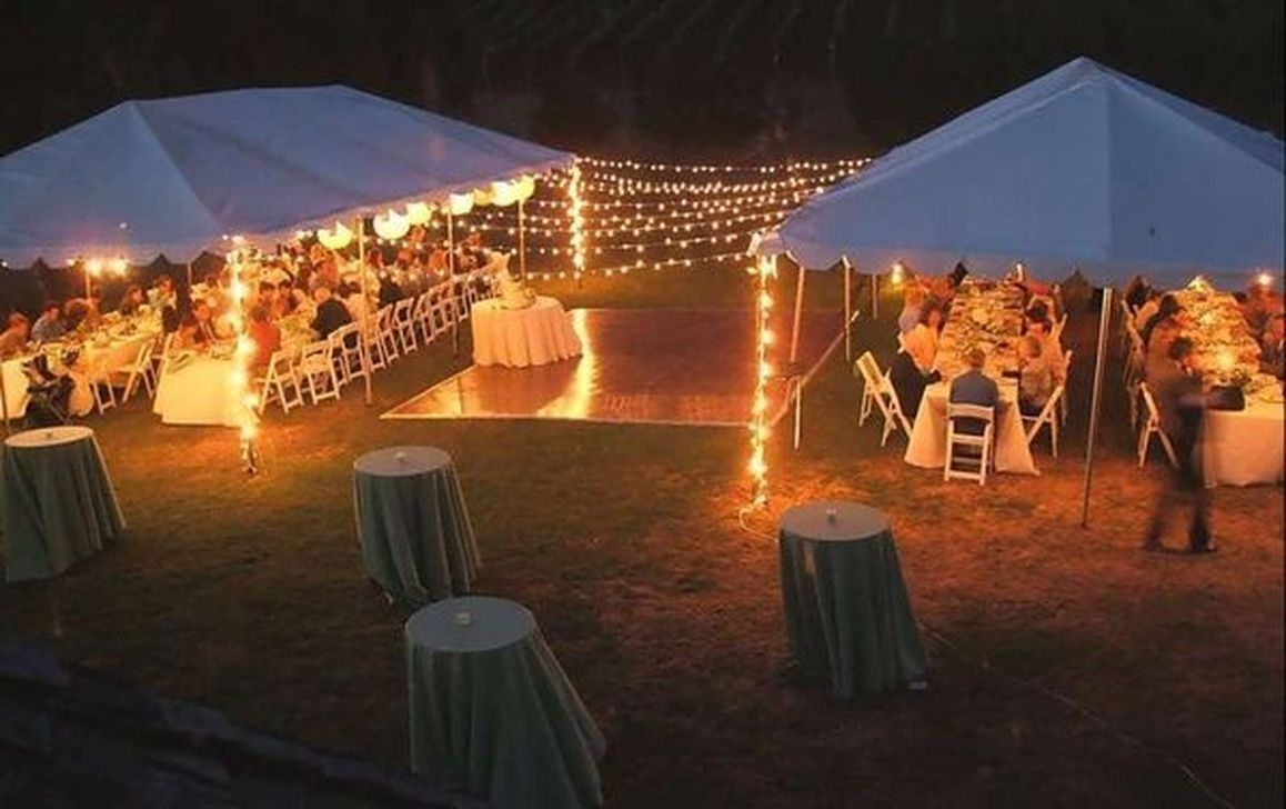 Beautiful Backyard Wedding Decor Ideas To Get A Romantic Impression 26