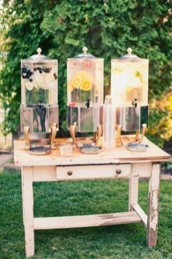 Beautiful Backyard Wedding Decor Ideas To Get A Romantic Impression 32