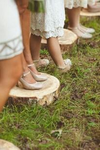 Beautiful Backyard Wedding Decor Ideas To Get A Romantic Impression 38