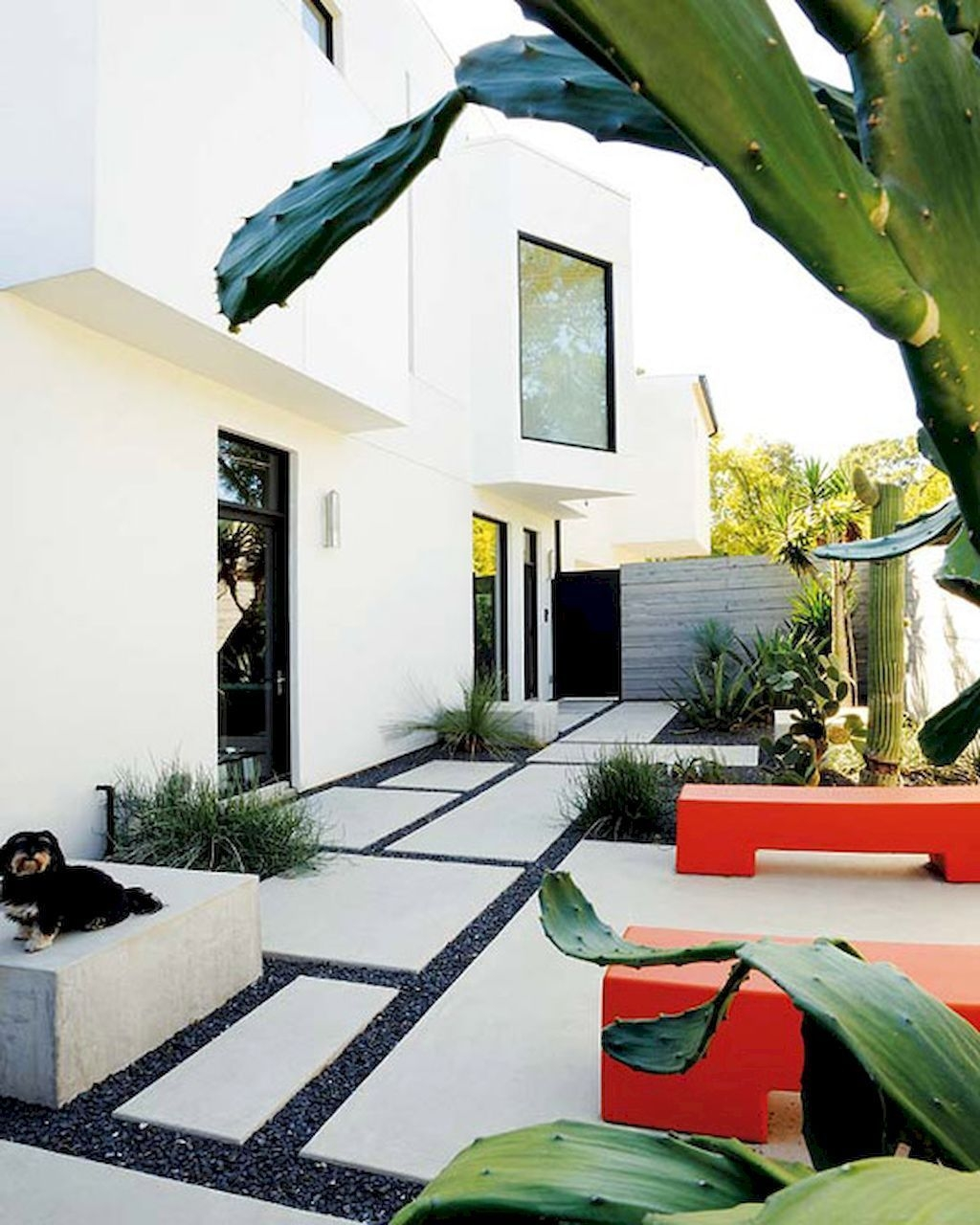 Beautiful Modern Backyard Landscaping Design Ideas 21