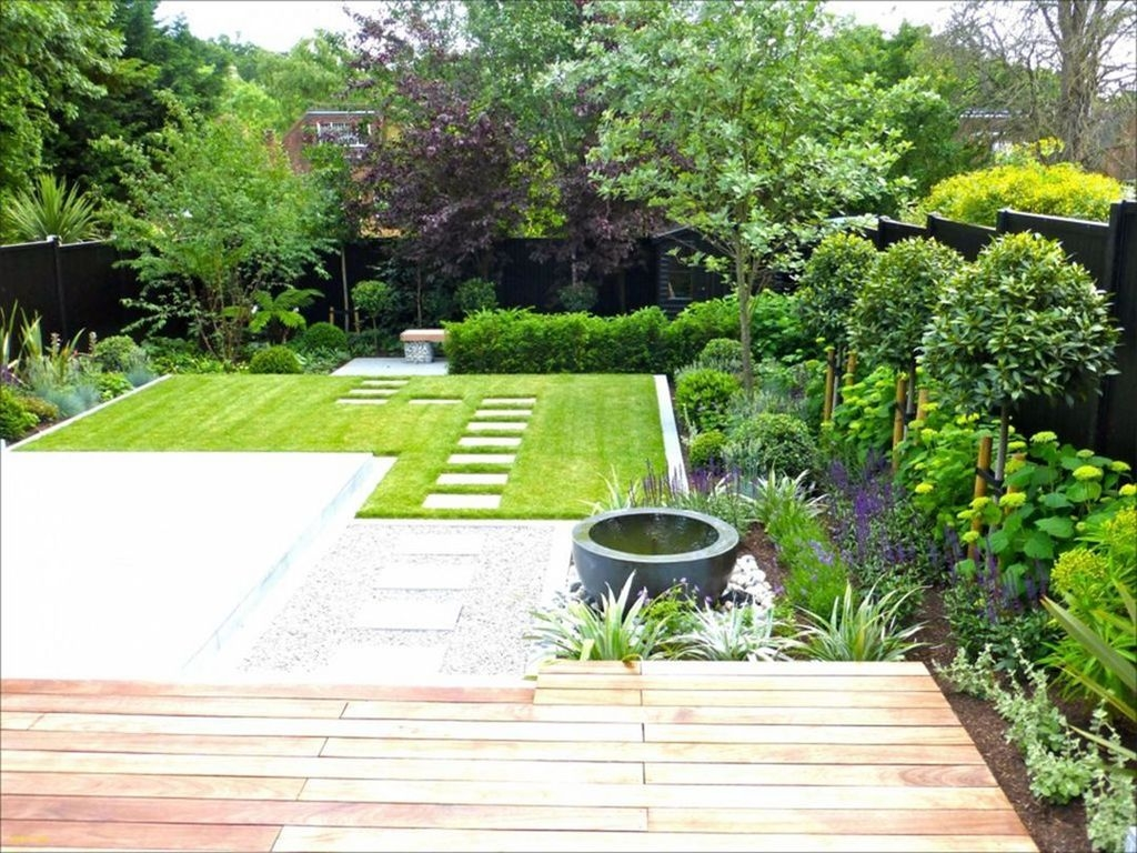 Beautiful Modern Backyard Landscaping Design Ideas 26