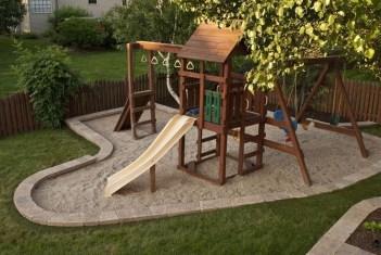 Beautiful Modern Backyard Landscaping Design Ideas 33
